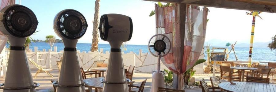 brumisateurs , terrasses de café en bord de plage, La Réunion